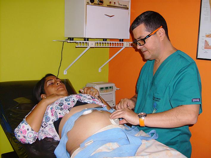 Consulta de embarazo, control, ecografía, eco perinatal